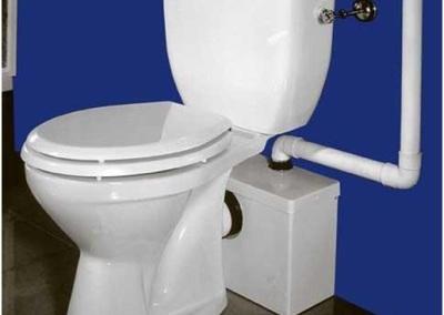 Instalacja sanitarna w domu – odprowadzanie ścieków z łazienek i pralni usytuowanych w piwnicy